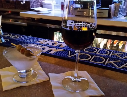 Martini Monday: Dirty Martini and Greek Wine at Ethos Greek Bistro