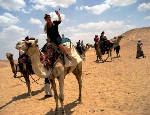 Advice on Etiquette, Dress, and Tipping in Egypt